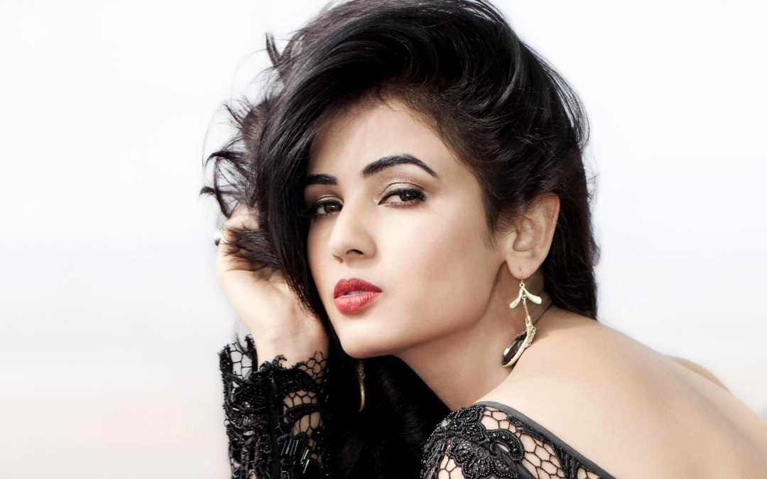 Sonal Chauhan, Model India Miss Pariwisata Yang Cantik Dan Seksi