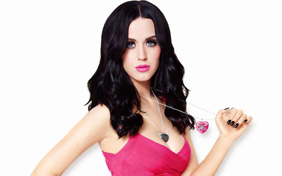 Katy Perry, Penyanyi Seksi dan Hot Paling Populer di Dunia