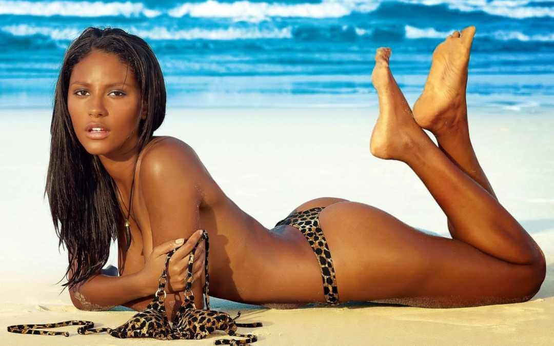 Emanuela de Paula, Model Brazil Eksotis Yang Seksi dan Hot