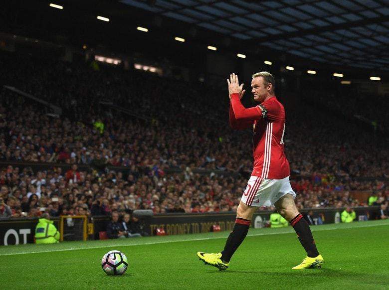 Rooney Dinilai Tak Layak Menjadi Starter Lagi