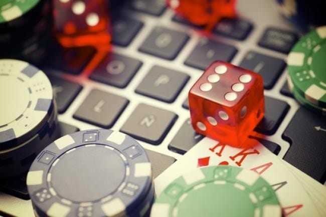 keunggulan-casino-online-dibanding-casino-offline-2