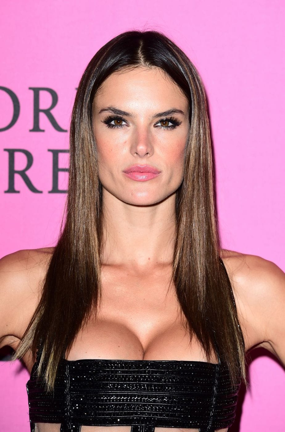Alessandra Ambrosio Model Victoria Secret