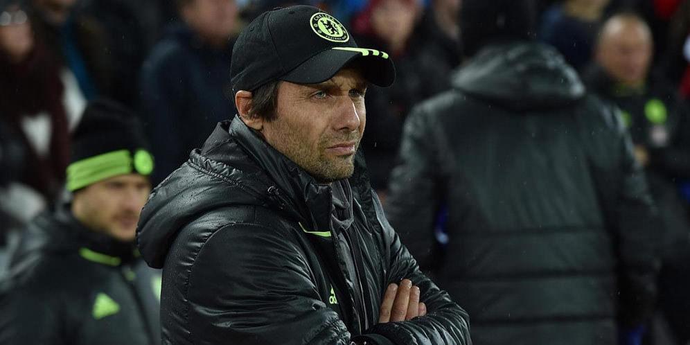 Conte Hampir Dipecat Karena Arsenal