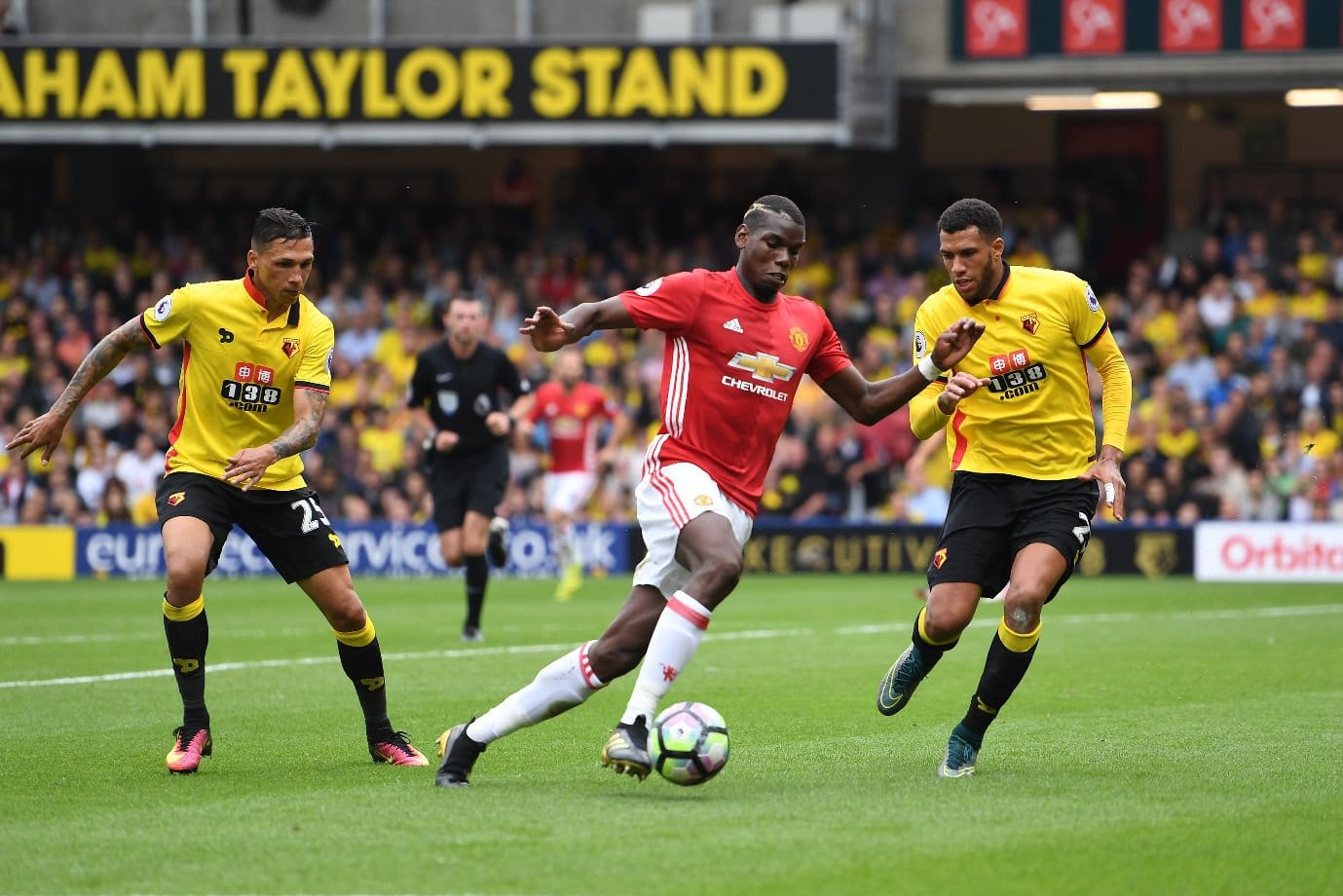 United Diminta Waspadai Mbaye Niang