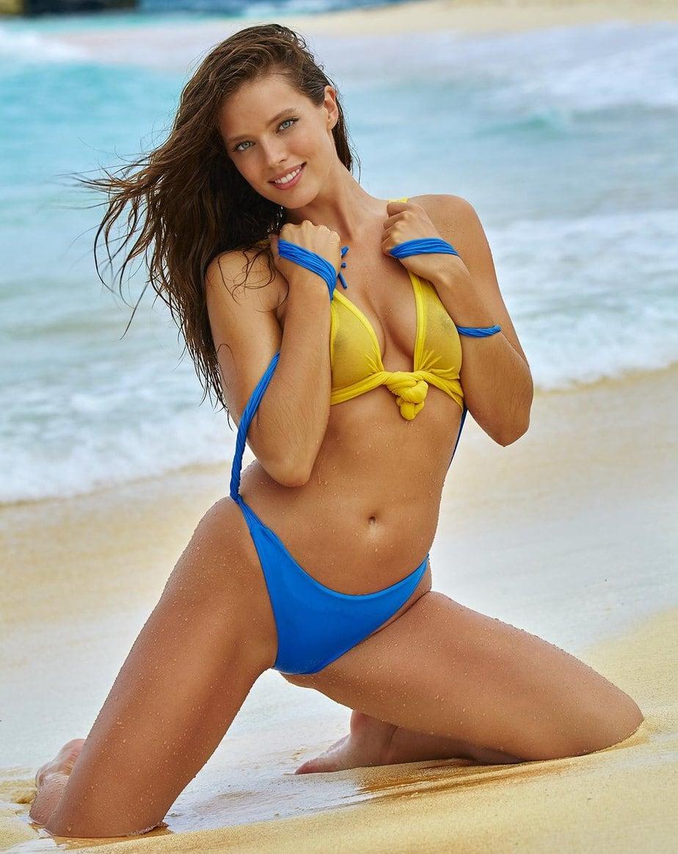 Emily DiDonato, Model Amerika Brand Ambassador Maybelline New York